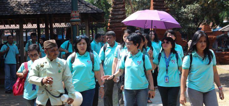 Tips Memilih Sewa Mobil Elf Pariwisata Terbaik di Cirebon