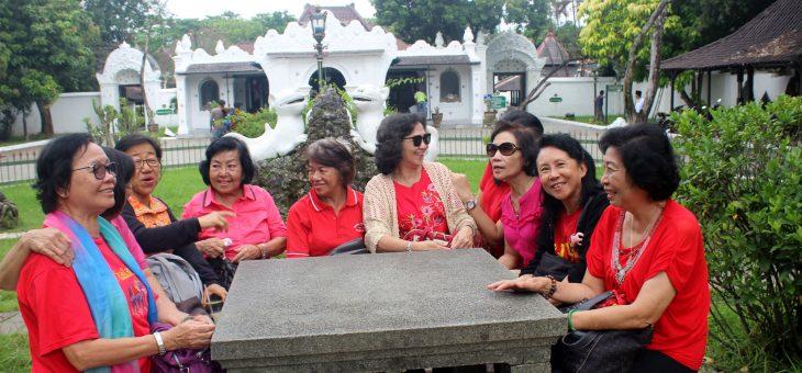 Sewa Mobil Hiace Cirebon Menawarkan Paket untuk Wisata
