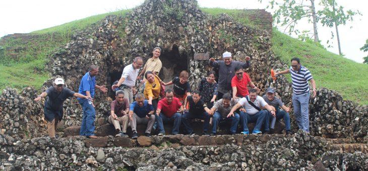 Keuntungan Berlibur Menggunakan Rental Mobil Elf Wilayah Cirebon