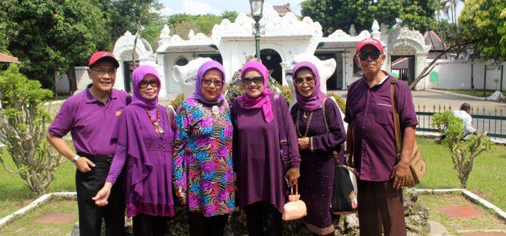 Sewa Mobil Wisata Cirebon Terpercaya